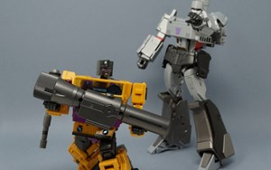 MMC Fraudo (Transformers Swindle) Review